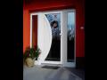 Vchodové i interiérové dveře z odolných materiálů