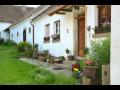 Rodinná dovolená v České Kanadě, ubytování v našem selském stavení se starožitným nábytkem a ručně vyráběnými kousky připomíná prázdniny u babičky