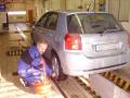 Technick� prohl�dka a m��en� emis� vozidla na STK v Plzni