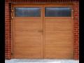 Křídlová garážová vrata zaujmou svými uživatelskými vlastnostmi i vzhledem