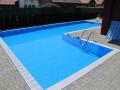 Zahradní bazén k bydlení v rodinném domě neodmyslitelně patří