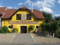 Návštěva vinného sklepa a degustace dobrého vína k pobytu na jižní Moravě neodmyslitelně patří