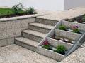 Betonové výrobky dodají zahradě šmrnc a eleganci