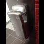 Tryskový osoušeč rukou zkrátí pobyt v umývárně na minimum