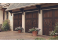 Kontrolu nad bezpe��m va�eho majetku zajist� i gar�ov� vrata �i kvalitn� vjezdov� br�ny