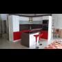 Kuchyňské linky různých rozměrů a sestav – velký výběr dvířek i desek