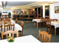 Z�meck� hotel Lednice � �kolic� prostory i vinn� sklep