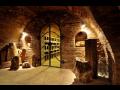 Degustace vína, dobré jídlo i netradiční zážitky – to nabízí Valtické podzemí