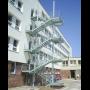 Podlahové rošty pro úniková schodiště
