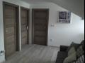 Interiérové dveře a okna s nádechem stáří díky technice strukturování dřeva