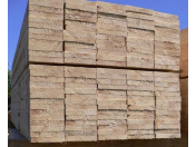 Kvalitní prkna, fošny a další druhy řeziva z tradiční pily v Malenovicích