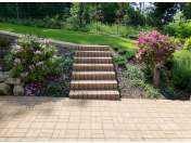 Základní stavební práce bývají nedílnou součástí realizace zahrad