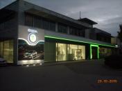 Autosalon ŠKODA jako součást prostorů společnosti AUTONOVA