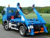 Výroba nástaveb nákladních vozidel se specializací na kontejnerové nosiče a sklápěče
