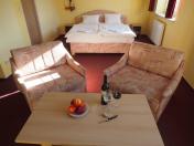 Penzion Velké Bílovice - ubytování, vinný sklep i prostory pro firemní akce