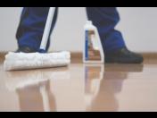 Správné čištění podlah s produkty od DEMA DEKOR CZ