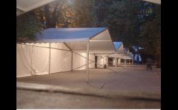 Zajistíme cateringové a party stany včetně nejrůznějšího vybavení i výzdoby.