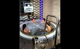 Hotel Jezerka - to jsou vířivky, relaxační bazén i sauny nebo masáže.