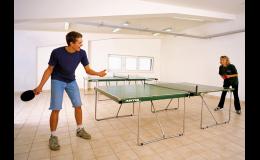 V areálu si zahrajete také stolní tenis