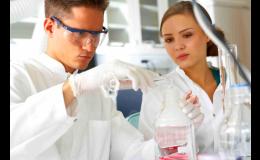 Každé léčivo, které se vyrábí, má svou výjimečnou specifikaci