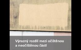Odstranění plísně a řas ze zateplené fasády