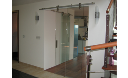 Posuvné skleněné dveře od sklenářství ACERA