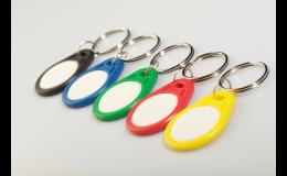 IdentCore s.r.o.: klíčenky s potiskem z obou stran
