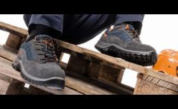 Bezpečnostní pracovní obuv