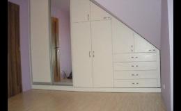 Vestavěné skříně, Výroba nábytku