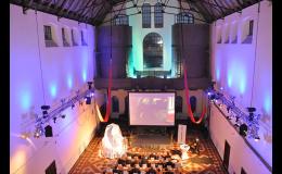Světelné efekty na konferenci