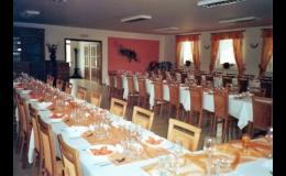 Restaurace, vinný sklep, penzion U Hiclů: firemní školení, školicí místnost