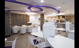 Precios aceptables para el alojamiento, refrescos y del alquiler de salas de conferencias