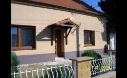 Rekonstrukce domů a bytů, fasáda: Zednictví, Jiří Pokorný