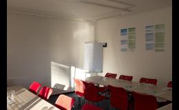 Školicí místnost společnosti CQS - Sdružení pro certifikaci systémů jakosti