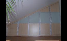 Vyrábíme nábytek na míru pro každý dům i byt.