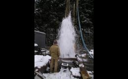 Vrtané studny jsou kvalitním a vydatným zdrojem podzemní vody.