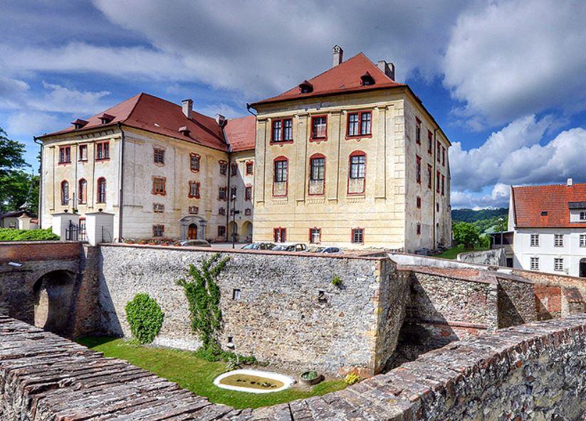 Státní zámek Kunštát, Národní památkový ústav