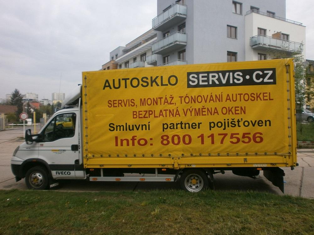 AUTOSKLO SERVIS CZ, s.r.o. Výměny autoskel se zázemím velkoobchodu