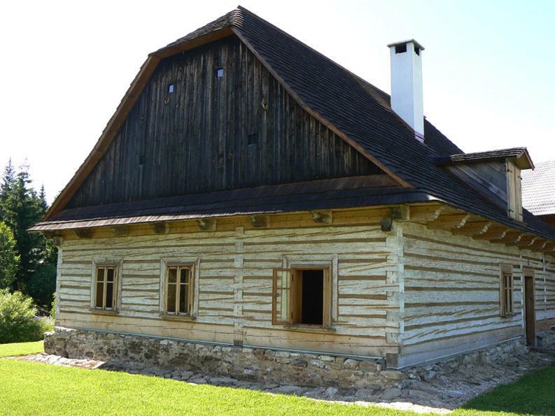 Hliněné stavby Josef Morkus, Lipník nad Bečvou