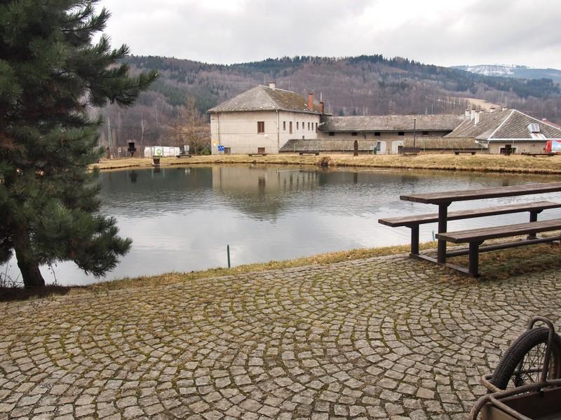 Rybník Kocián Loučná nad Desnou - chov ryb, sportovní rybolov