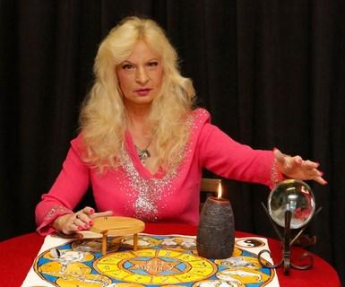Ivana Regina Kupcová Sádlová - astrologie, esoterika