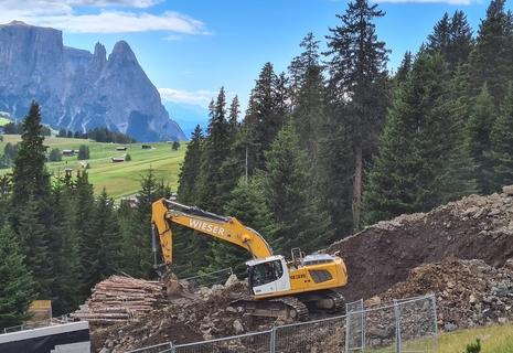 LIEBHERR-STAVEBNÍ STROJE CZ s.r.o. – stavební a důlní stroje